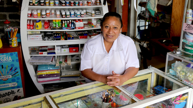 A small business owner in Mexico City. © Jessica Belmont/World Bank
